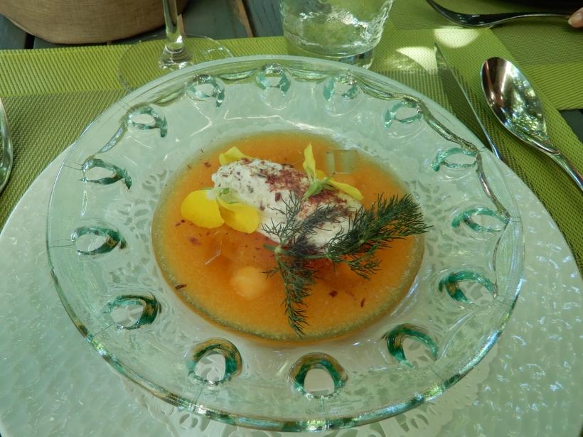 Gratin d'abricots à l'amande, sorbet abricot.